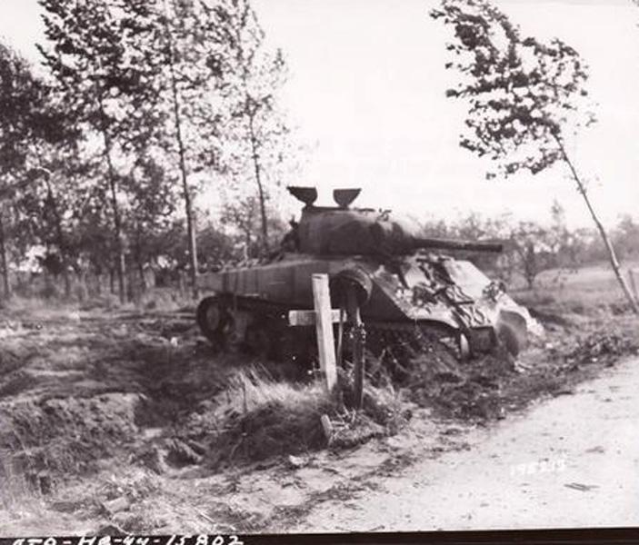 schuilhut onder de grond tweede wereldoorlog